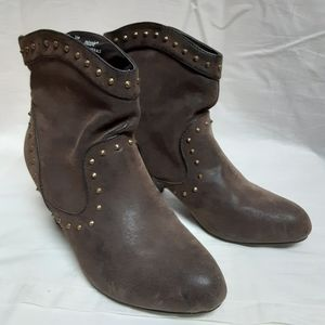 Nicole Leather Brown Booties